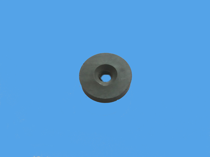 铁氧体沉孔平面2极